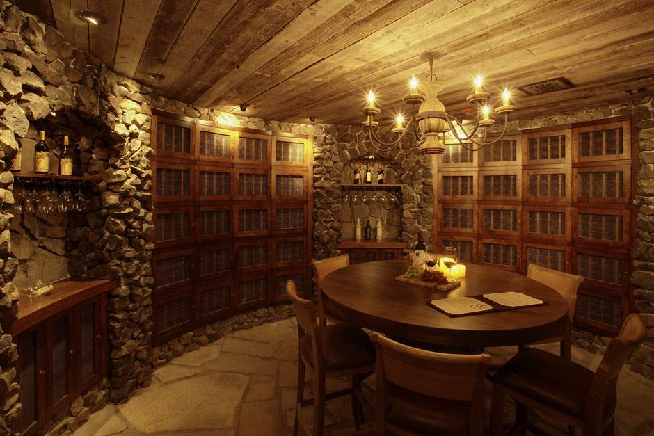 clubhouse-wine-cellar