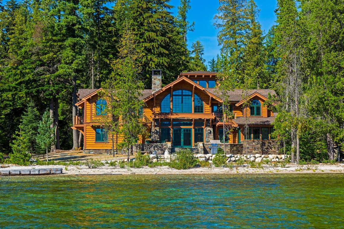 Stunning homes along the lake.